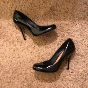 Vince Camino Patent Leather Round Toe Heels